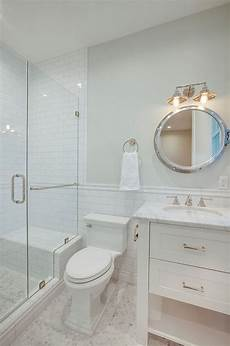 Best Bathroom Wall Tile by 1000 Ideas About Subway Tile Showers On White