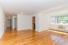Apartments Or Houses For Rent In Eagle Rock Ca by Eagle Rock Apartments At Carle Place Carle Place Ny