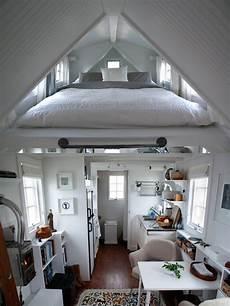 schlafzimmer schr 228 gdach einrichten maisonette wohnung