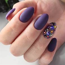 20 trendy purple nails looks to consider