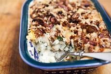 Kartoffel Spinat Auflauf - potato spinach sausage casserole recipe simplyrecipes