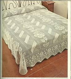 copriletto a uncinetto hobby lavori femminili ricamo uncinetto maglia