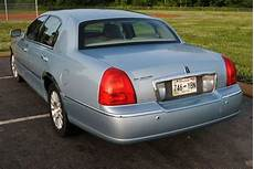 how petrol cars work 2005 lincoln town car auto manual buy used 2005 lincoln town car signature with 120k miles needs some body parts paint in
