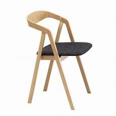 sedia arreda sta sedia in legno con braccioli impilabile