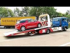 en voiture en 233 t 233 une voiture tombe en panne chaque minute sur l autoroute