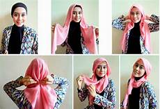Cara Memakai Jilbab Segi Empat Yang Simple Dan Mudah