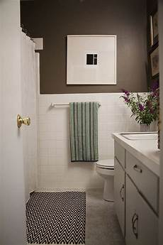 a simple inexpensive bathroom makeover for renters vinyls on august and tile flooring
