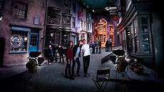 omg warner brothers launches harry potter studio tour