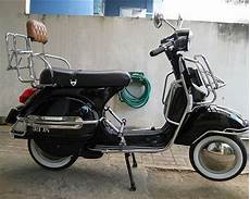 Modifikasi Vespa Matic by Foto Modifikasi Vespa Matic Antik Airbrush Aneh