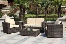 meuble jardin pas cher salon de jardin haut de gamme resine tressee mailleraye