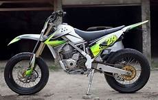 Harga Klx 150 Modifikasi by Modifikasi Motor Kawasaki Klx 150 Ala Supermoto