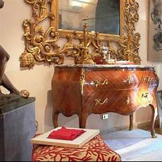 compravendita mobili antichi acquistare un mobile presso un antiquario grande