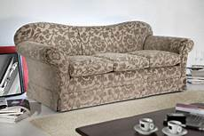 divani classici in legno divano classico pavia vendita divani classici divani