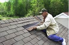 dach mit dachpappe decken dachpappe schindeln verlegen 187 anleitung in 5 schritten