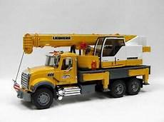 Bruder Malvorlagen Chords Bruder Mack Granite Liebherr Crane Truck 02818 Wrecker