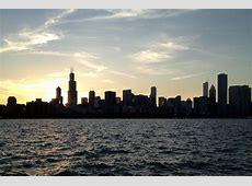 Spirit of Chicago Sunset Dinner Cruise with Buffet   Go