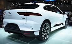 prix suv jaguar le suv 233 lectrique jaguar i pace se d 233 voile et annonce ses