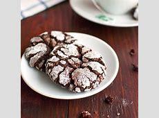 chocolate cream meringue pie_image