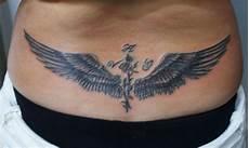 tatouage ailes dos tatouages tatouage bas du dos ailes d ange a voir sur