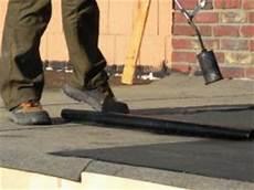 dachpappe und flachdach einer massivgarage oder fertiggarage abdichten