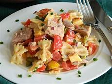 nudelsalat mit mayo nudelsalat mit thunfisch ohne mayo rezept mit bild