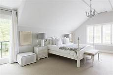 White Bedroom Decor Ideas by White Bedroom Decorating Ideas
