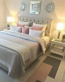 tete de lit en tissu matelasse t 234 te de lit en tissus matelass 233 et literie de couleurs