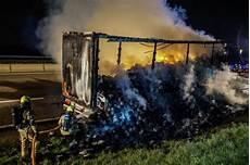 Unfall A8 Gestern - unfall a8 lkw ausgebrannt a8 bei rutesheim und heimsheim
