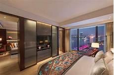 shanghai apartment with modern minimalist h 233 bergement de luxe 224 pudong mandarin shanghai