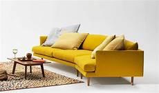 canapé convertible jaune canape jaune moutarde