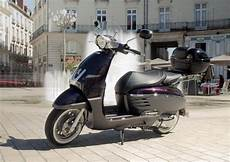 location scooter nantes nantes motorcycle scooter rental easy renter