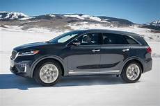 2019 kia sorento price 2019 kia sorento priced from 25 990 roadshow