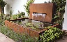 Ein Brunnen Aus Cortenstahl Gesch 252 Tzt Gegen Durchrostung