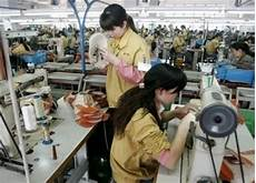 travail qui rapporte apple reconnait avoir fait travailler des enfants dans les