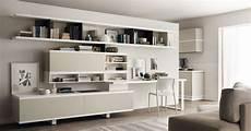 mobile soggiorno angolo studio in soggiorno integrato nella libreria o in