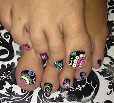 nehty malovani 12 nail ideas for your toes nehty pedik 250 ra a l 237 芻en 237