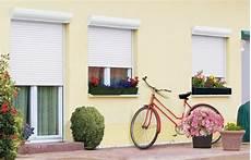 volet roulant pvc quel type de volet roulant pour relooker sa maison decoration maison