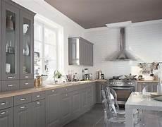 peinture meuble de cuisine peinture meuble cuisine tous nos conseils pratiques pour