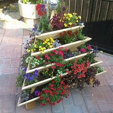 vertikaler garten balkon 14 dramatic diy flower tower ideas tower garden diy
