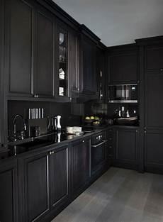 Black Kitchen - 5 bold all black kitchens interiors