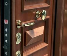 rinforzare porta sostituzione serratura porta blindata