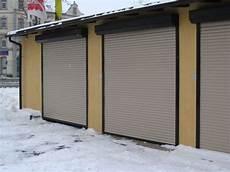 garagenrolltor mit tür rolltor garagenrolltor wedler sonnenschutz