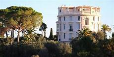 home on earth look inside villa les c 232 dres the most expensive house on earth askmen