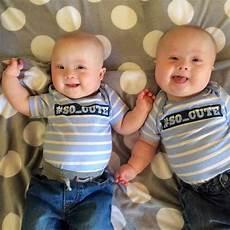 Zur Adoption Freigeben - mutter erf 228 hrt dass die zwillinge am syndrom leiden