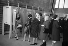 Le Droit De Vote Des Femmes Deja 70 Ans La Revue