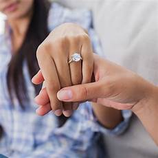 which hand for engagement rings wedding rings eternity