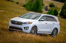 2017 kia sorento gains active safety features android auto and carplay capability