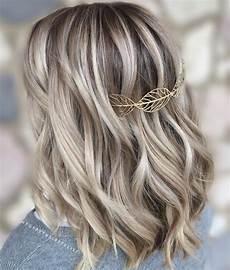 Medium Hairstyles Highlights