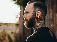Hairstyles For With Big Ears
