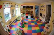 sol pour salle de jeux salle de jeux enfant id 233 e am 233 nagement tapis de sol color 233